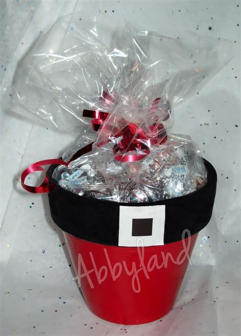 flower pot craft for santa flower pots filled with hugs kisses craft