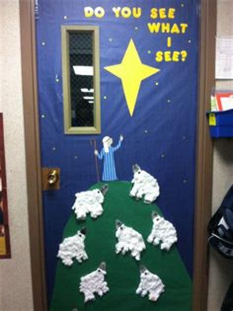 religious christmas door ideas 1000 images about classroom door decoration on classroom door