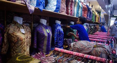 Baju Batik Di Pasar Tanah Abang Omzet Pasar Grosir Setono Pekalongan Normal Kembali