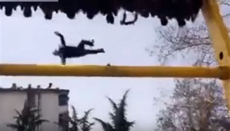 theme park ride breaks deadly ride man falls to death as his belt breaks during