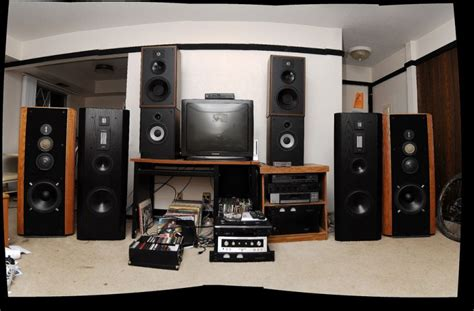 bookshelf vs floorstanding speakers for thefloors co