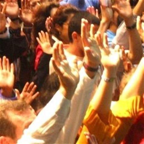 imagenes cristianas manos orando clamor de un pueblo el regresa