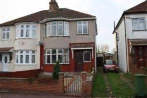 haircut deals romford first time buyers properties for under 163 250 000