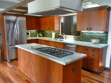 century kitchen cabinets 56 best mid century modern kitchen images on pinterest