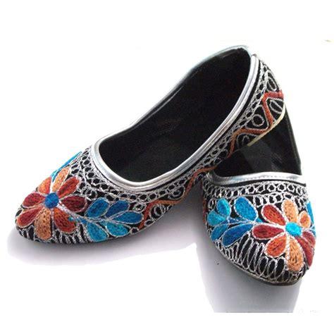 Handmade Childrens Shoes - jaipuri handmade embroided jutti juti mojari childrens