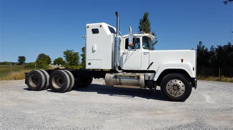 Superliner Sleeper by Superliner Sleeper Trucks For Sale Bigmacktrucks