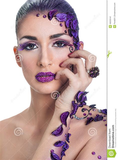 Alensa Purple with beautiful hair style and abstract