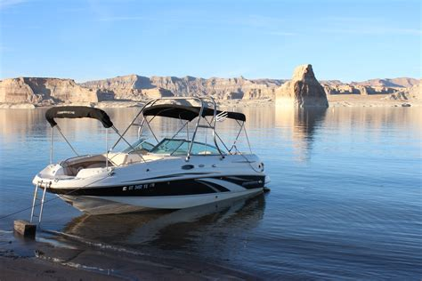 wakeboard boats for rent lake powell lake powell ski boat surf boat and jet ski rentals