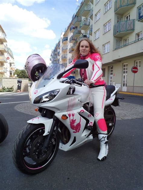ladies motorcycle two pieces leather motorcycle suit for lady in attractive