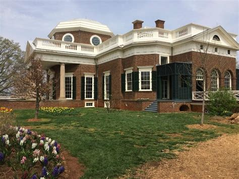 thomas jefferson s house a side view of the house picture of thomas jefferson s monticello charlottesville