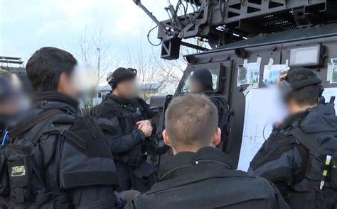 ministerio interior francia francia jud 237 os muertos en toma de rehenes ser 225 n