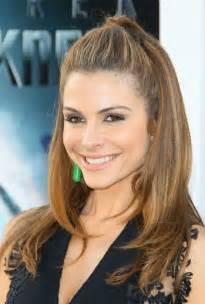 womans hairstyles for small faces 50 most flattering hairstyles for round faces fave
