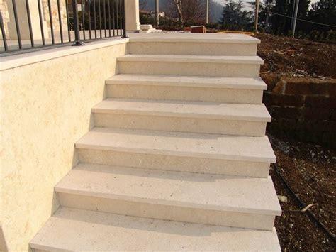 pavimenti per scale esterne rivestimenti per scale esterne pavimento da esterno