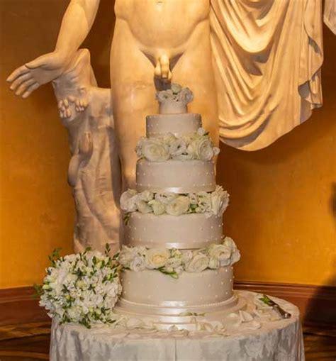 willy wonka's wedding cake woburn | london wedding