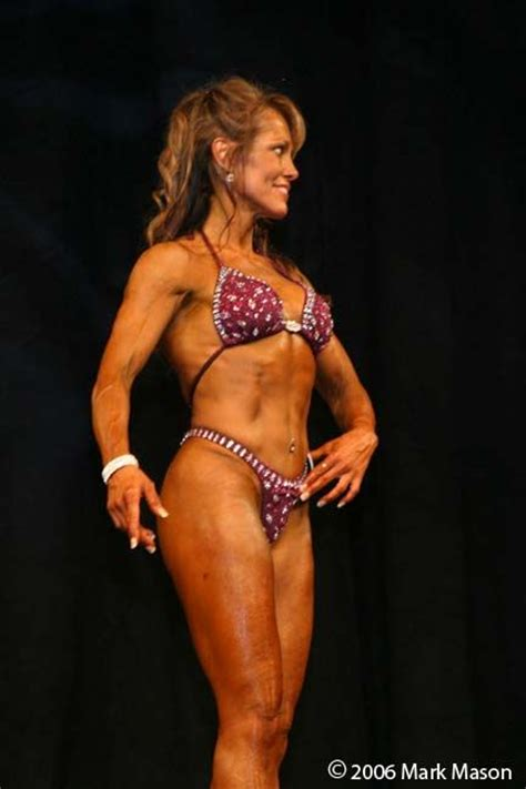50 year old fitness model 50 year old fitness women fantastic 50 year old woman