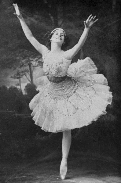 Anna Pavlova, ballerina, 1911 Date: 1911 #7402667 Framed