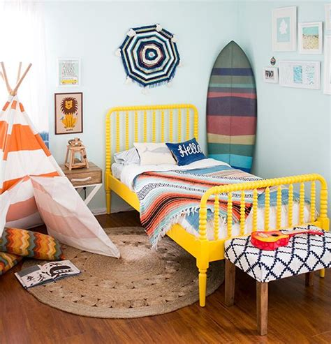 surf themed bedroom best 25 nautical boy rooms ideas only on