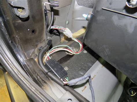 plug n tow r vehicle wiring harness with 4 pole flat