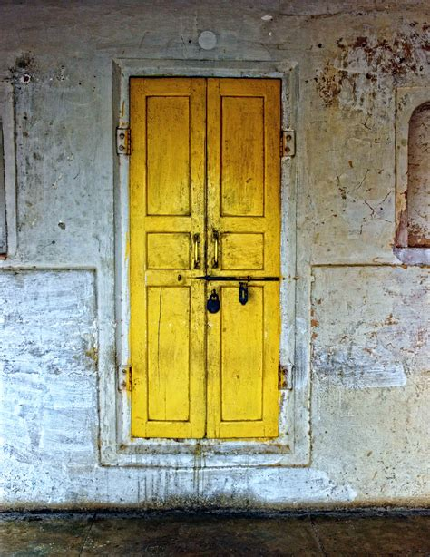 yellow door images from around the world pixel by pixel