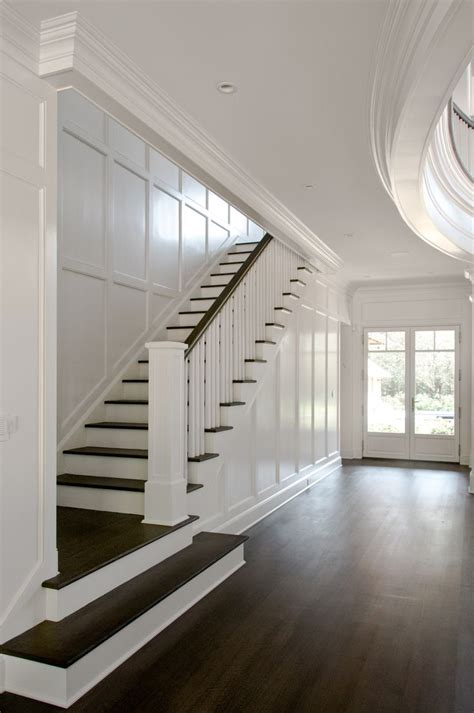 Entry Stairs Design Best 25 Htons House Ideas On Htons Decor Kitchen Island And Breakfast Nook