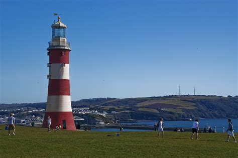 the hoe plymouth file smeatons tower plymouth hoe jpg