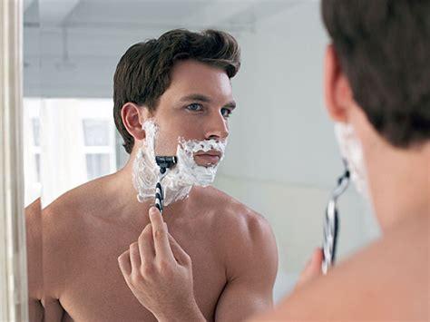 keep bathroom mirror from fogging tricks to keep mirrors from fogging boldsky com