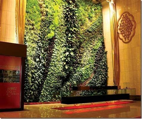 Diy Green Wall Vertical Garden I Want My Own Vertical Indoor Garden Apartment Geeks
