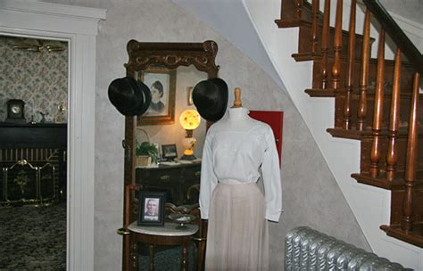 lizzy borden house find paranormal activity in fall river massachusetts lizzie borden house in fall