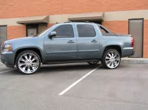cwwheels 2008 chevrolet avalanche specs photos
