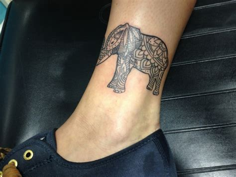 tatuaggio caviglia interna 1001 idee per tatuaggi caviglia per per lui e per la