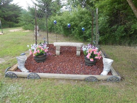 Small Memorial Garden Ideas Memorial Garden Memory Garden Pinterest