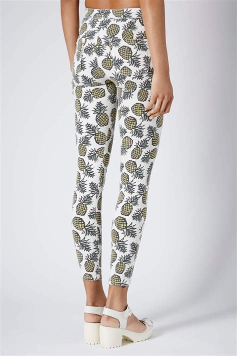 topshop patterned jeans lyst topshop moto pineapple print joni jeans in green