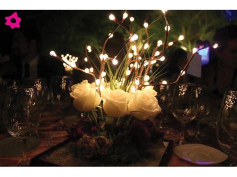 imagenes de centros de mesa para matrimonios con botellas centros de mesa con luz para boda