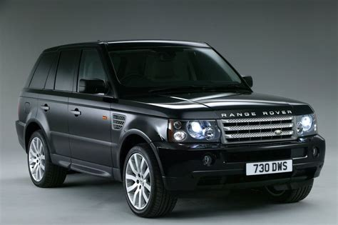 land rover dubai shocking way range rovers are used in dubai naibuzz