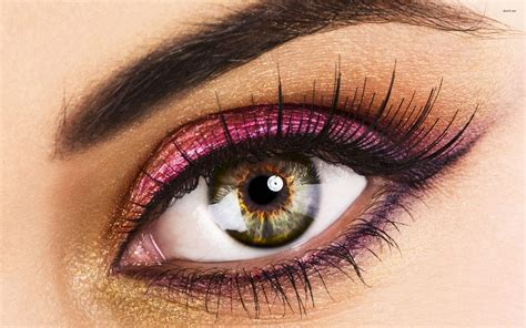 with eyeshadow creative eye makeup looks and design ideas
