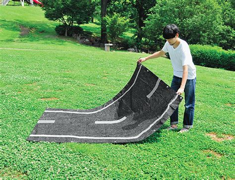 Road Mat by This Picnic Mat Lets You Relax On The Road Spoon Tamago