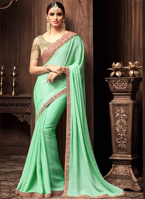 Blouse Designs For Heavy Sarees by Heavy Blouse Saree With Small Border