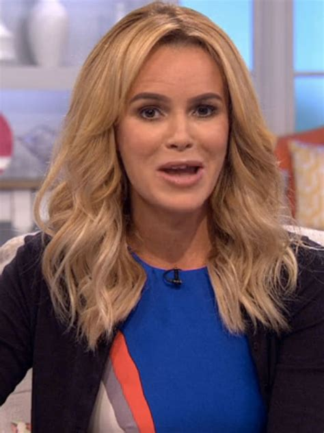 picture of amanda holden what has amanda holden done to ask lorraine