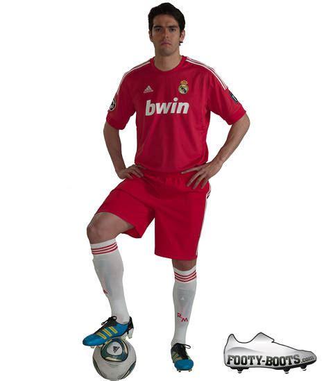 real madrid 3rd shirt 2011 12