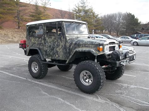 Toyota Land Cruiser 100 Label Cooler a midwestern rebel march 2014