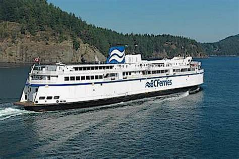 ferry boat victoria bc ferries makes stop to help stranded boaters peace
