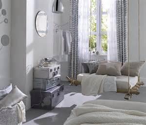 Good Peinture Pour Beton Cellulaire Exterieur #12: Inspirations-deco-on-ose-le-gris-dans-la-chambre-intro.jpg
