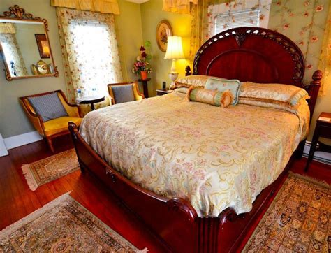 chincoteague bed and breakfast nathaniel smith island manor house bed and breakfast