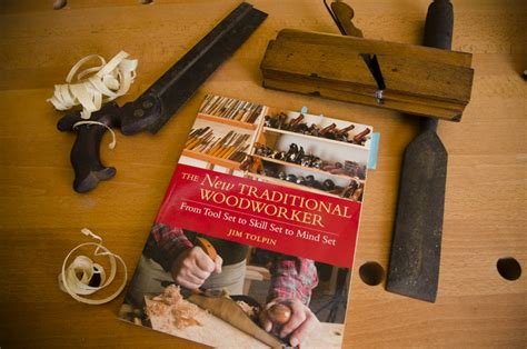 woodworking dvds quot the new traditional woodworker quot best traditional