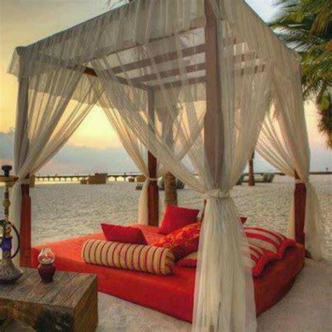 beach bed beach canopy bed house pinterest romantic canopy
