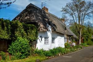 lincolnshire thatched cottage at brigsley