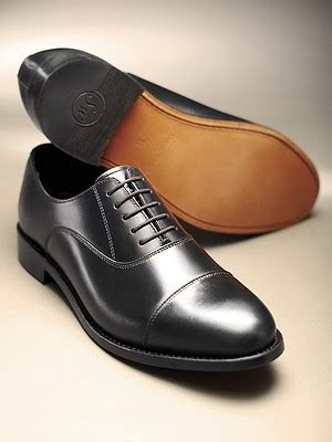what is an oxford shoe classic oxford shoe black samuel