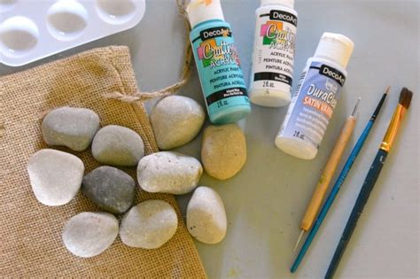 Geotripper Permission To Play Picking Up Rocks In Diy Painted Rocks Tic Tac Toe Consumer Crafts