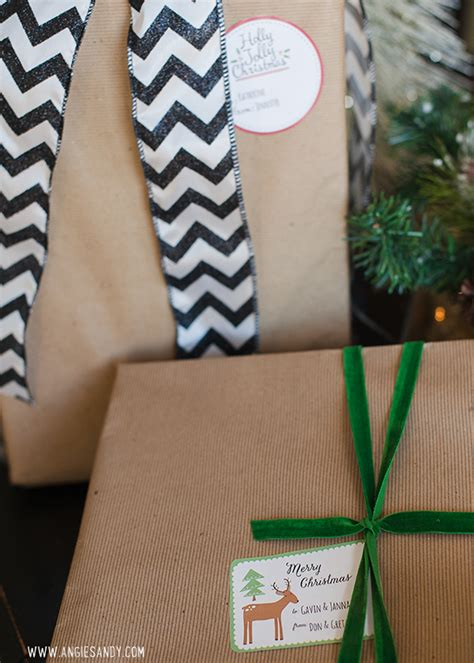 whimsical christmas labels  angie sandy worldlabel blog