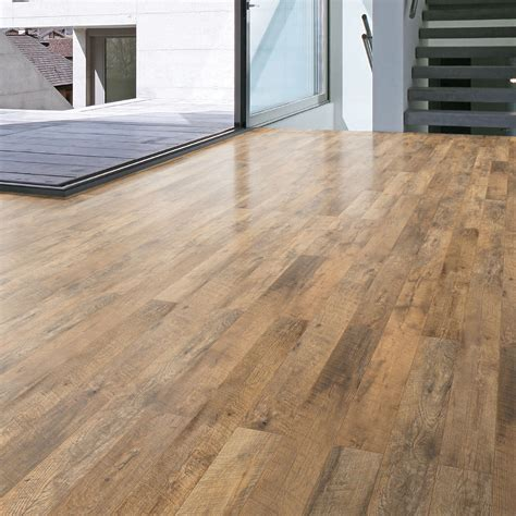 wood effect laminate guarcino reclaimed oak effect laminate flooring 1 64 m 178